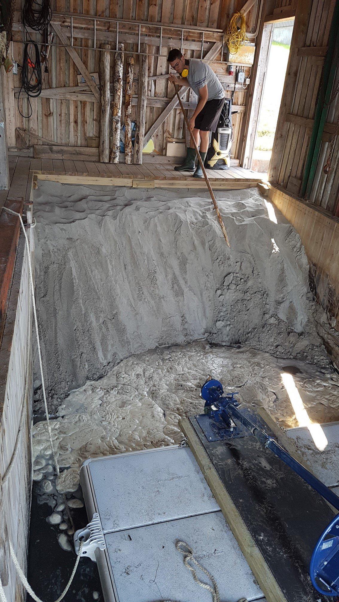 Dredging sand